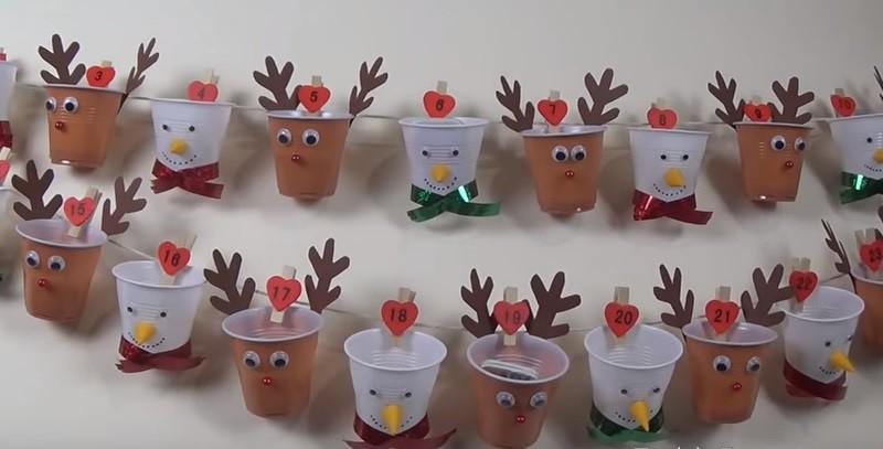 Bicchieri mamminsieme for Addobbi natalizi con bicchieri di plastica