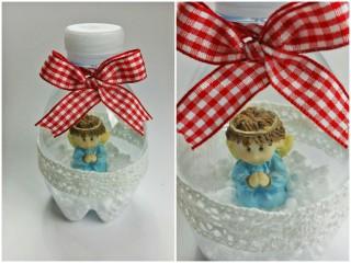 palline di Natale realizzate con bottiglie di plastica